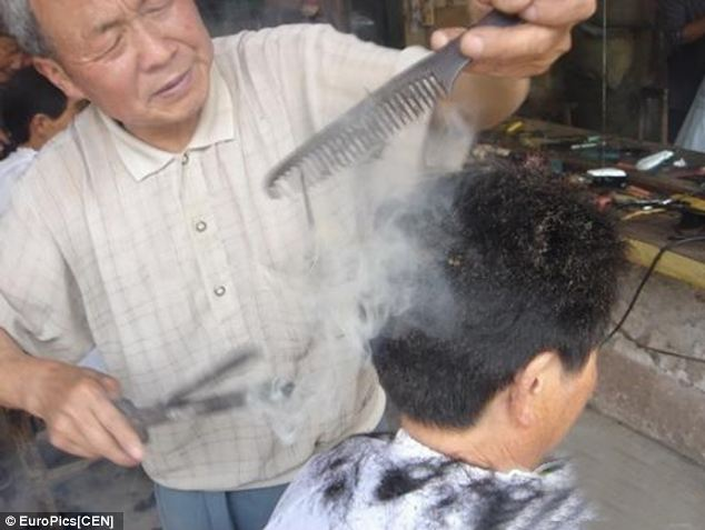 Dahuojia, Chinese barber, burnt hair, burning hair, burn hair iron, hairrible